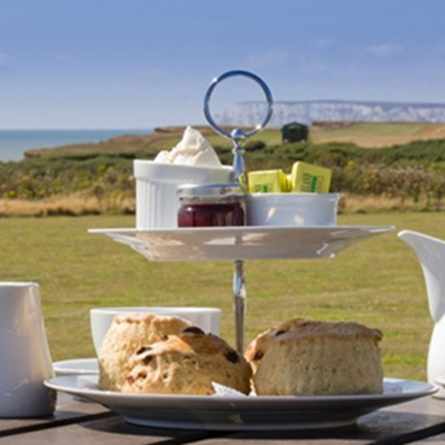Places to eat on your holiday - The Pearl Cafe, Brighstone  Image