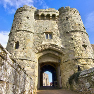 Places to go on your holiday - Carisbrooke Castle  Image
